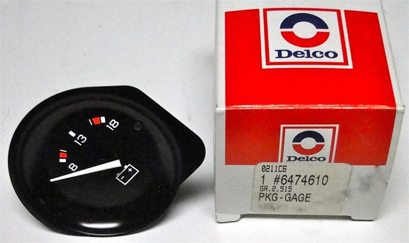 1982 Corvette Gauges : Corvette gauge set includes fuel voltmeter
